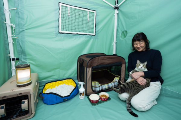 「愛玩動物飼養管理士1級・ペット災害危機管理士」のスタッフたちの声から生まれた防災テント